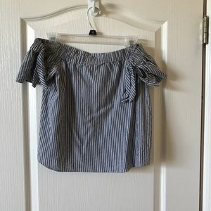 SIZE S ABERCROMBIE OFF THE SHOULDER TOP